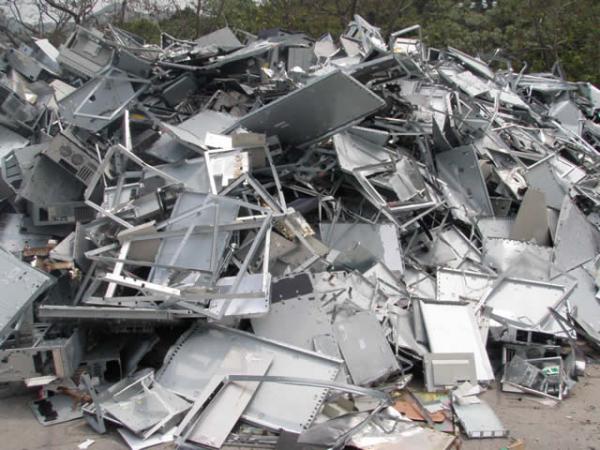 Thu mua phế liệu thiếc góp phần bảo vệ môi trường sống