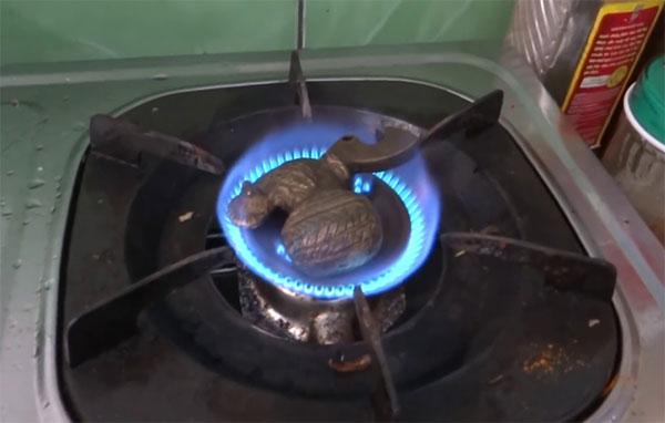 Cách nhận biết đồng lạnh bằng lửa