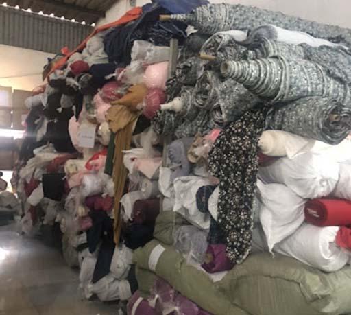 Thu mua vải vụn giúp bảo vệ môi trường hiệu quả